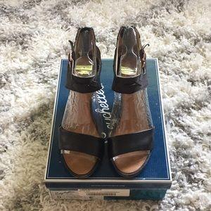 Seychelles black wedge sandal
